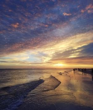 Beautiful sunset at Fort Myers Beach