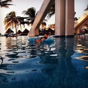 Relaxing on the blue water in Isla Mujeres