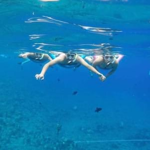 Snorkeling by the volcanic crater Molikini Hawaii