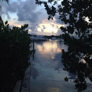 Peek a boo view in Man O War Bahamas.